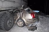 Шевроле Lacetti влетела под кузов КамАЗа натрассе вБелове: есть погибший