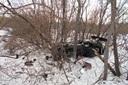Снегоход врезался вдерево вЮргинском районе: двое пострадали