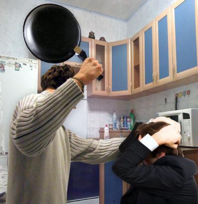 Кузбассовец заступился забывшую супругу иубил ее нового избранника