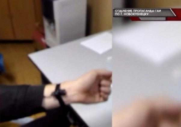Новокузнечанин пытался сдать направа при помощи высокотехнологичной шпаргалки