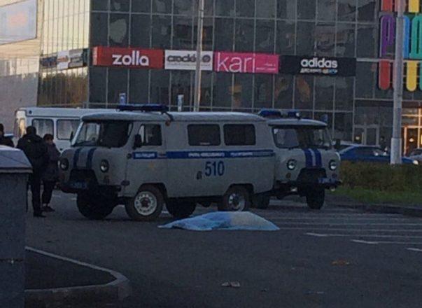 ВКемерове около ТЦ «Север» погибла девушка