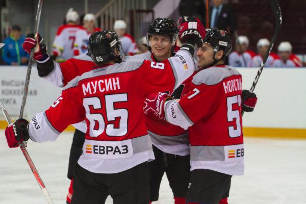Новокузнецкий «Металлург» одержал победу укоманды изКитая матч вВысшей хоккейной лиге