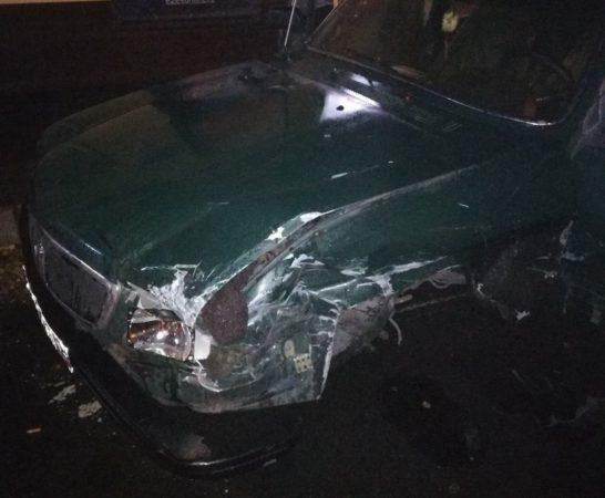 Кузбассовец сбил подростка после столкновения сдругим авто