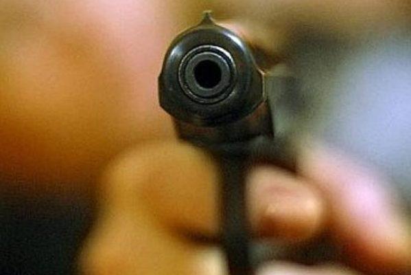 ВМеждуреченске гость бара «попросил» выключить музыку спомощью оружия