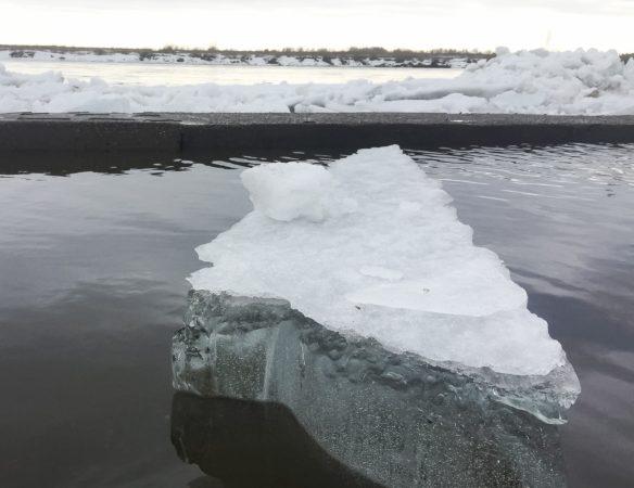 На 2-х кузбасских реках начался ледоход