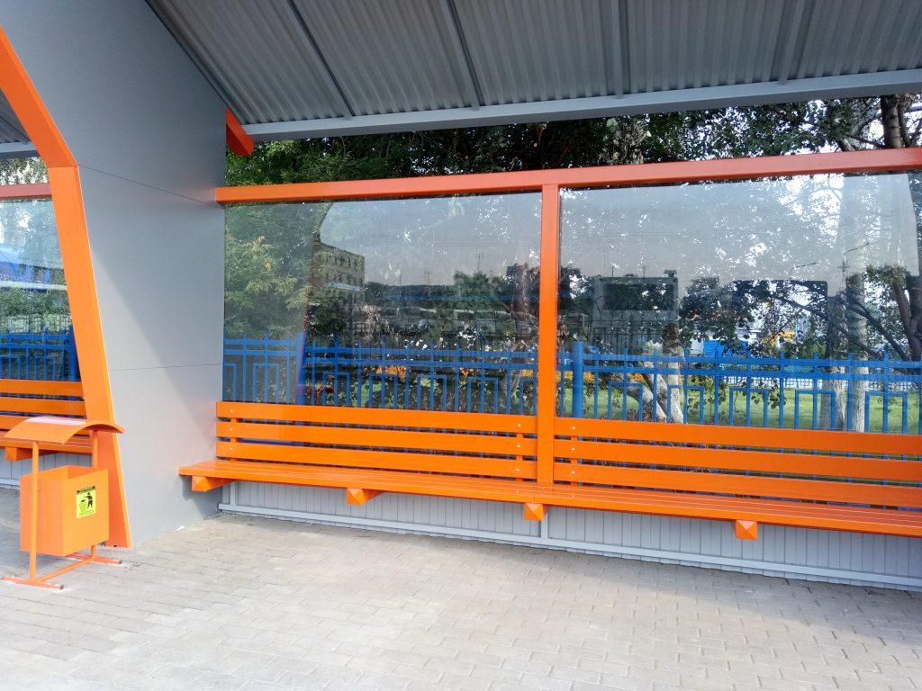 На кемеровском автовокзале установили навес для пассажиров