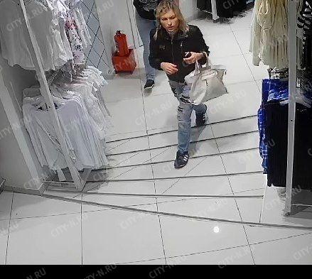Новокузнечанк подозревается в краже трусов из магазина. Фото