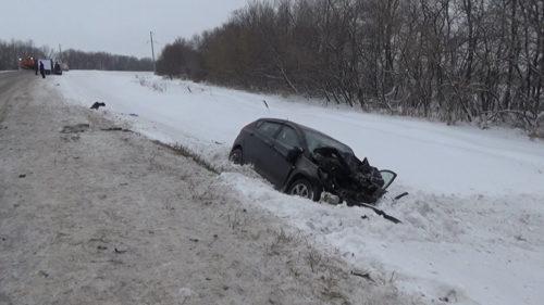 Два человека, пострадавших в ДТП на трассе в Кемеровоском районе, находятся в тяжелом состоянии