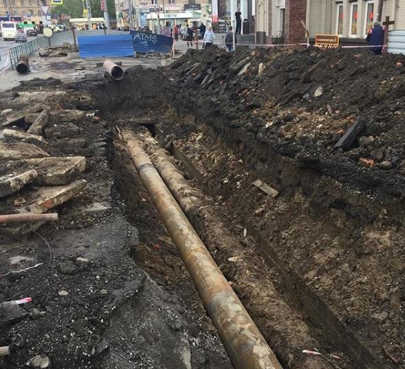 Из-за коммунальной аварии у вокзала в Новокузнецке без горячей воды остались жители 77 домов