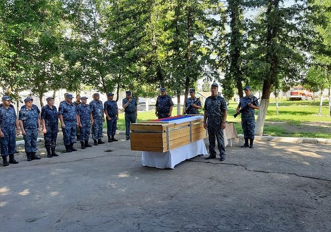 Прощание с новокузнецким полицейским, погибшим в Чечне, пройдёт 5 июля