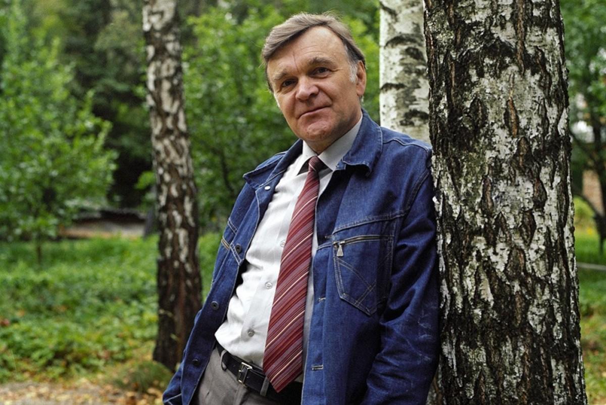 Умер писатель Юрий Бондарев (96 лет): биография и карьера фронтовика