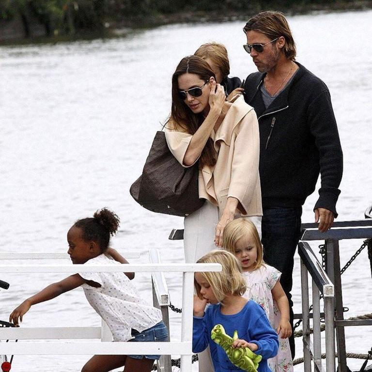 Анджелина Джоли иБрэд Питт хотят развестись окончательно, и им в этом помогут дети