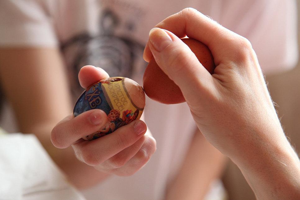 Зачем на Пасху красят яйца: откуда пошла такая традиция