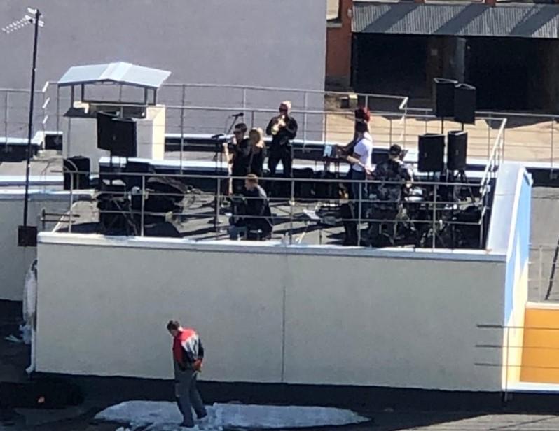 Сергей Цивилёв похвалил музыкантов, выступивших на крыше
