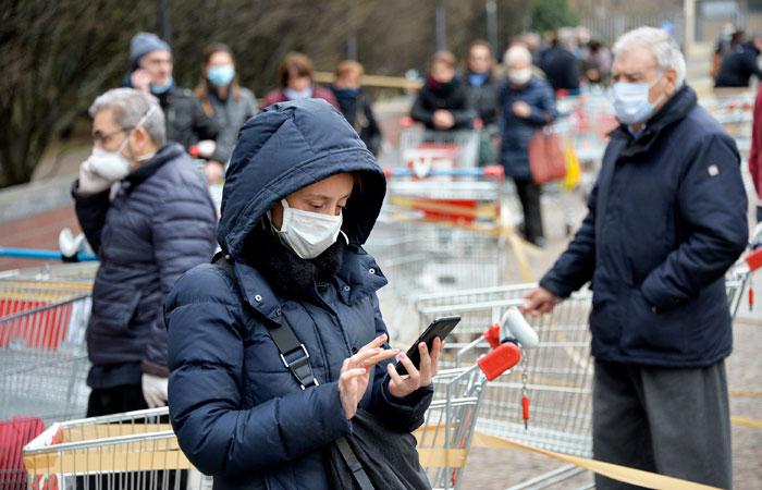 В России разрешили посещать гипермаркеты и супермаркеты в период пандемии коронавируса