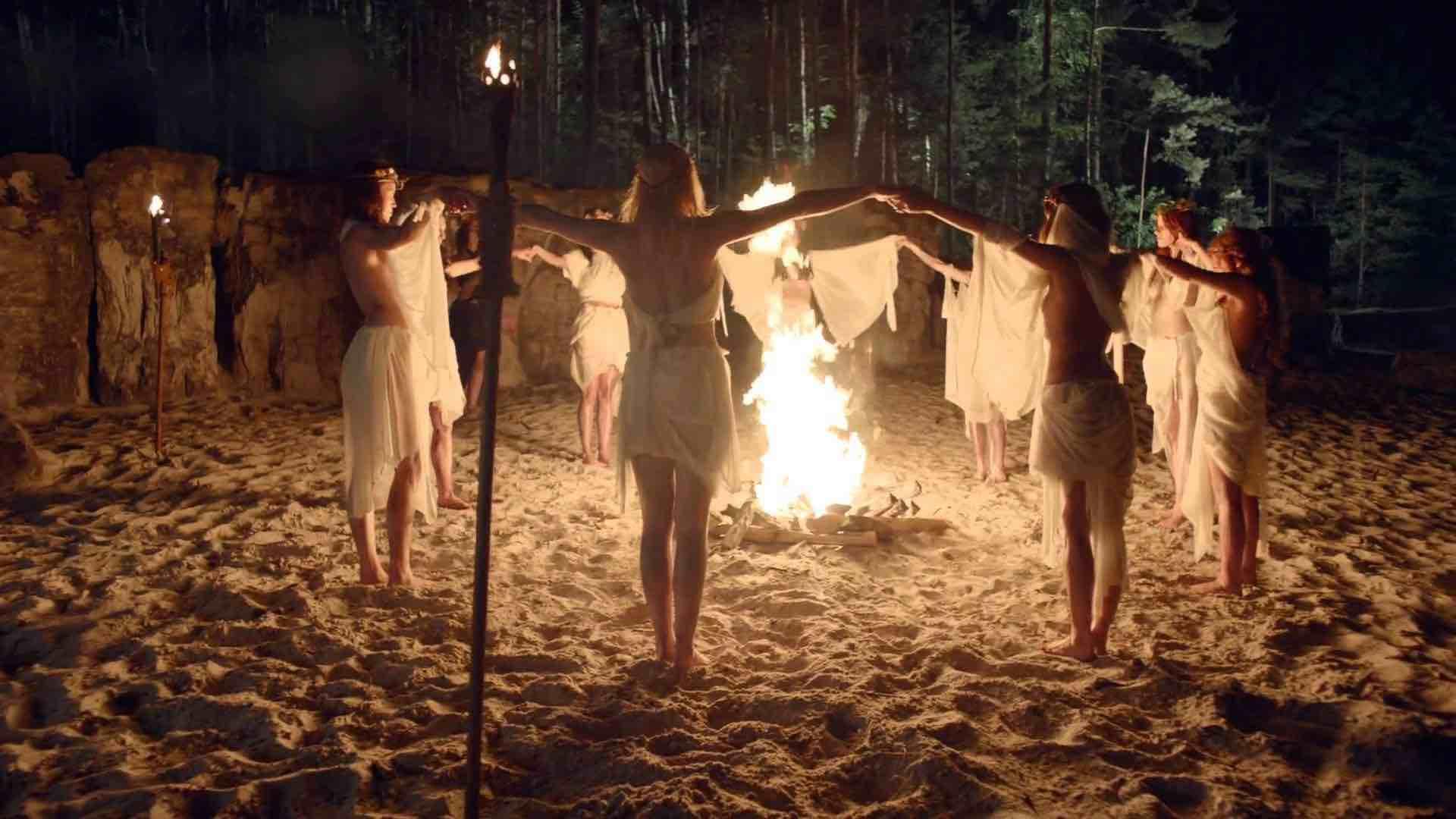 Вальпургиева ночь 30 апреля 2020: традиции шабаша ведьм