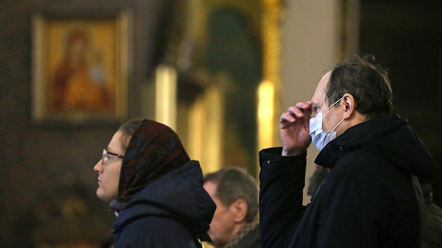 Патриарх Кирилл призвал не приходить в храмы верующих на время пандемии COVID-19