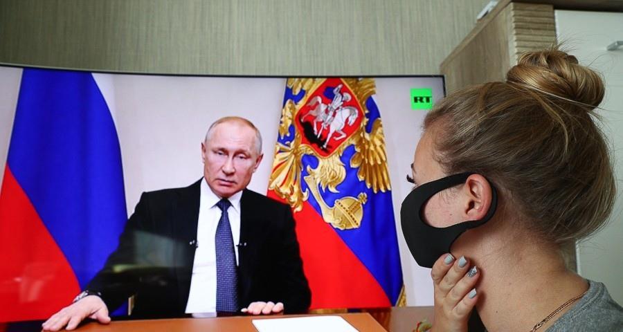 Президент разрешил россиянам выйти на работу