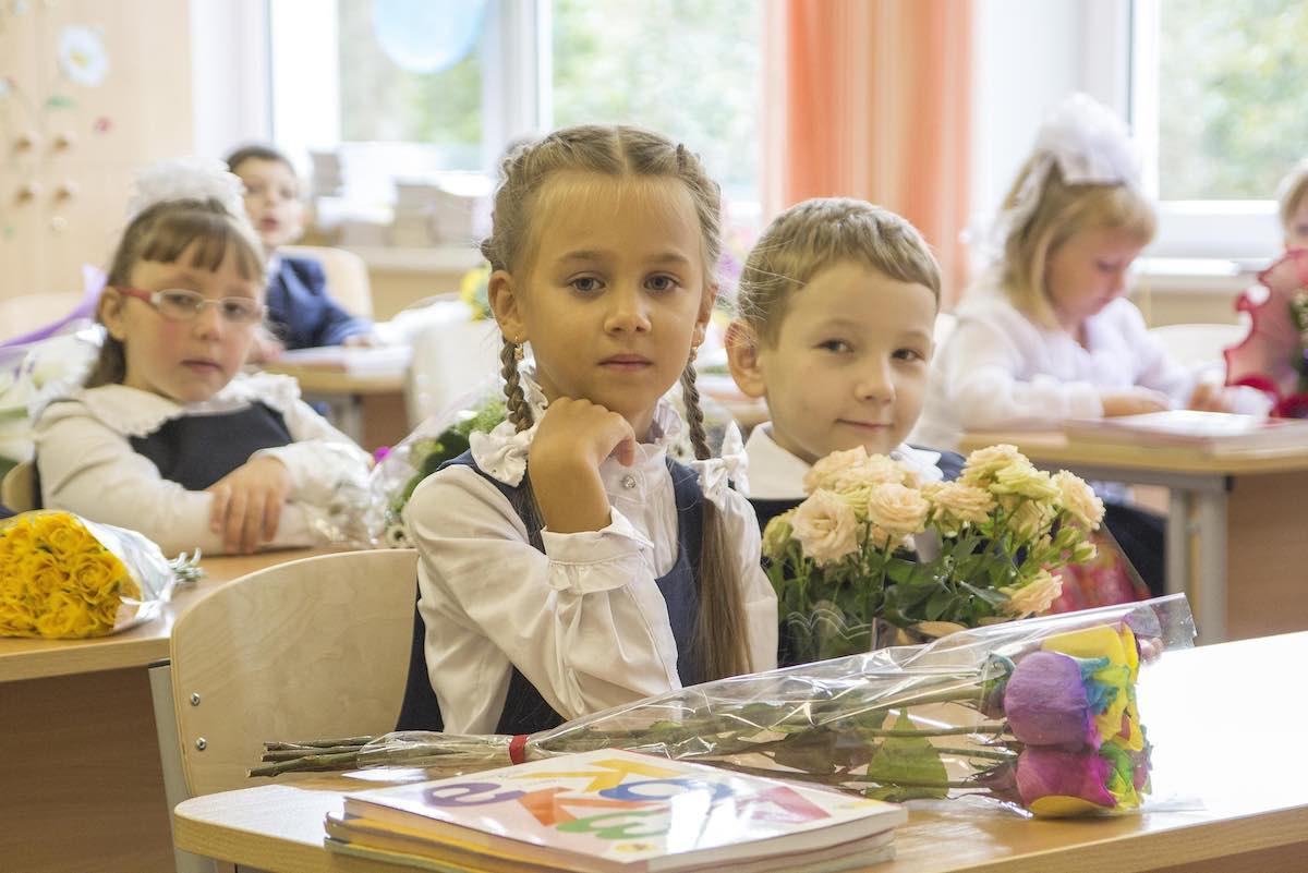Учебный год в России должен начаться вовремя, сообщили в Министерстве образования
