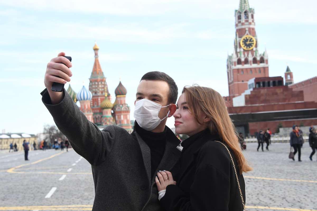 Россиян ждет 3 этапа снятия карантинных мер