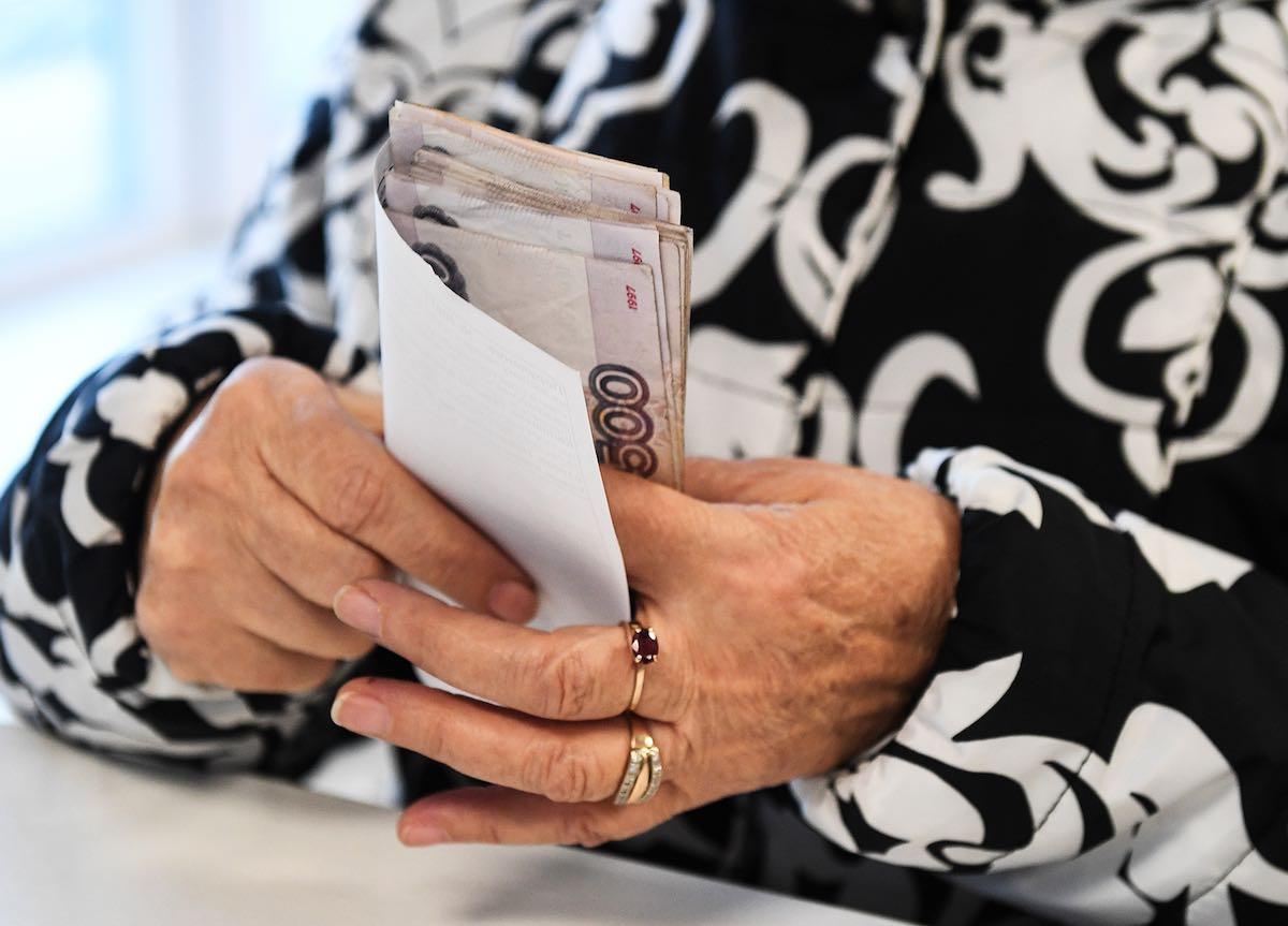 Новый закон с 1 июня, защищающий россиян от ареста соцвыплат в счет долгов