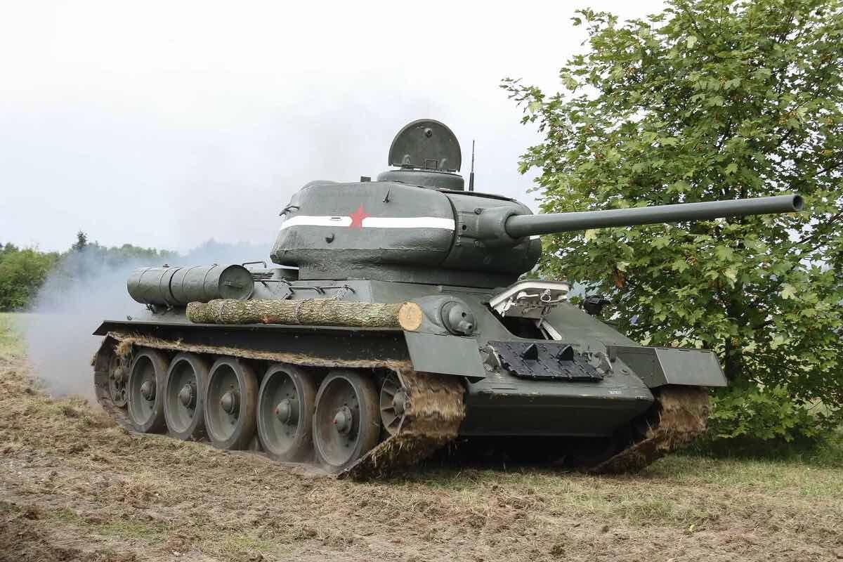 Танк времён ВОВ отреставрировали в Новокузнецке