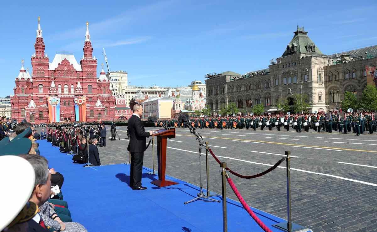 Лето 2020 подарило россиянам два дополнительных нерабочих дня: 24 июня и 1 июля
