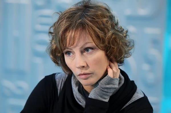 Бабенко Алёна Олеговна - биография
